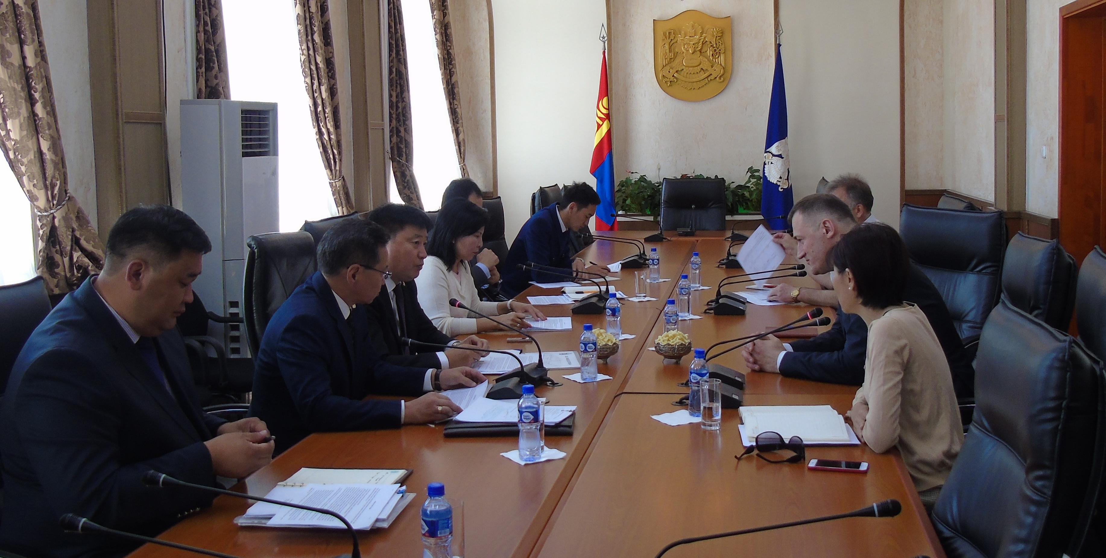 Ambassador of Belarus Stanislav Chepurnoy meets the Mayor of